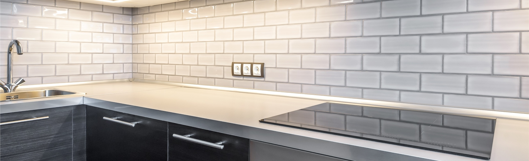 white tile kitchen splashback