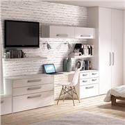 Fitted bedroom using Venice wardrobe doors
