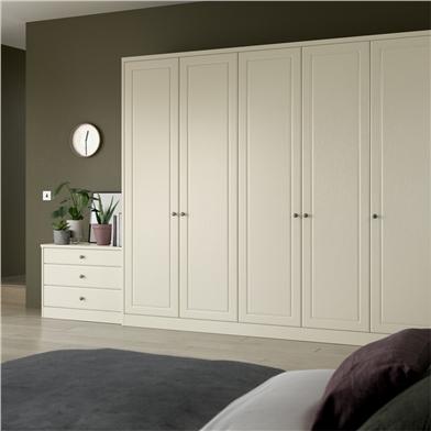 Bella Ashford Wardrobe Doors in Fitted Bedroom