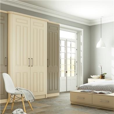 Bella Matt Dakkar Bedroom