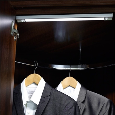 operio-wardrobe-light