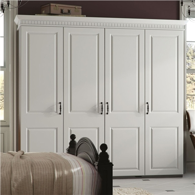 Fitted bedroom using York wardrobe doors