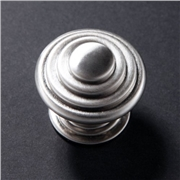 stepped-knob-handle
