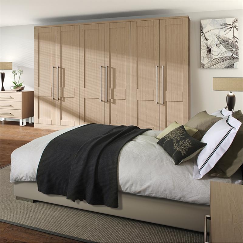 Shaker bedroom doors