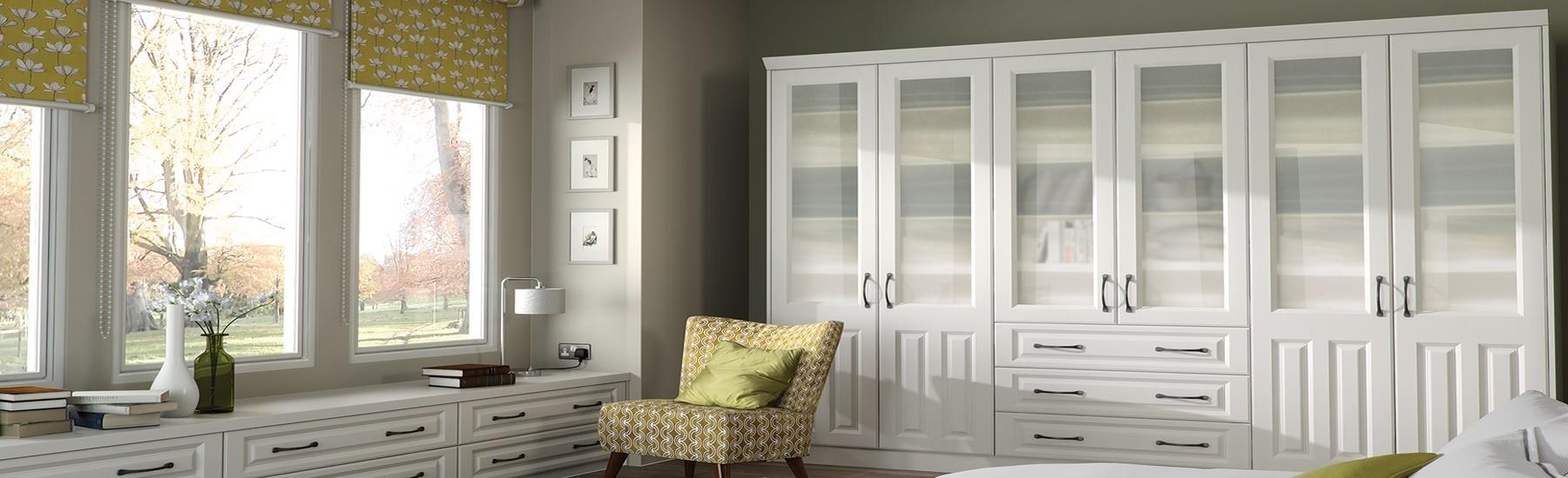 milan0-glazed-door-page