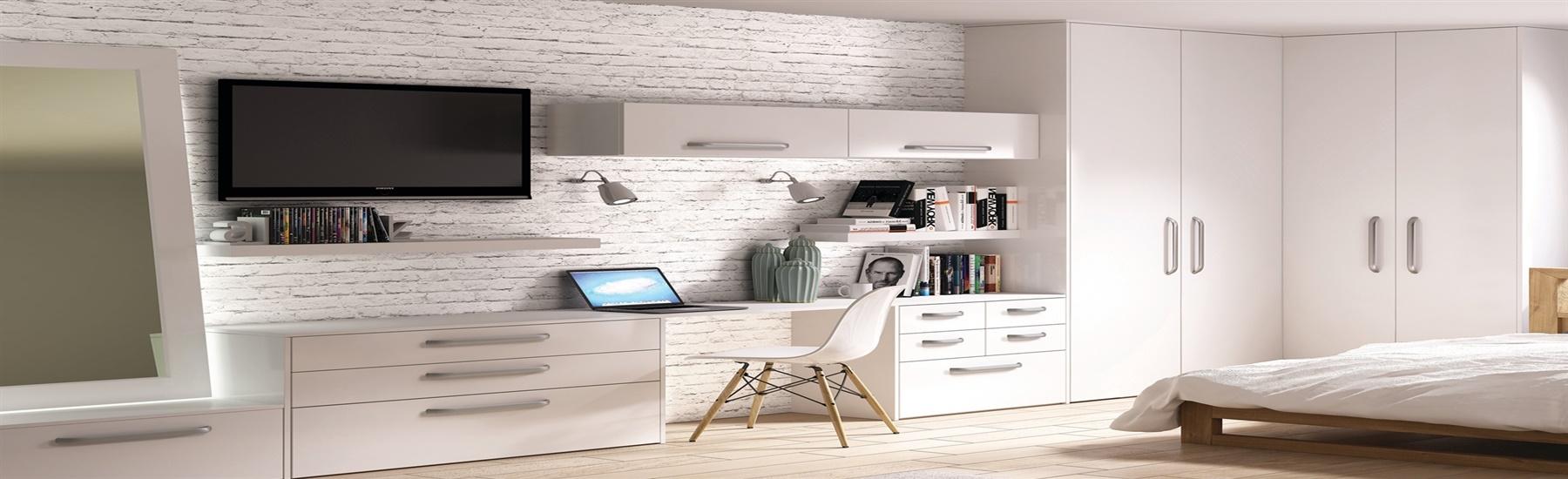 venice-white-bedroom