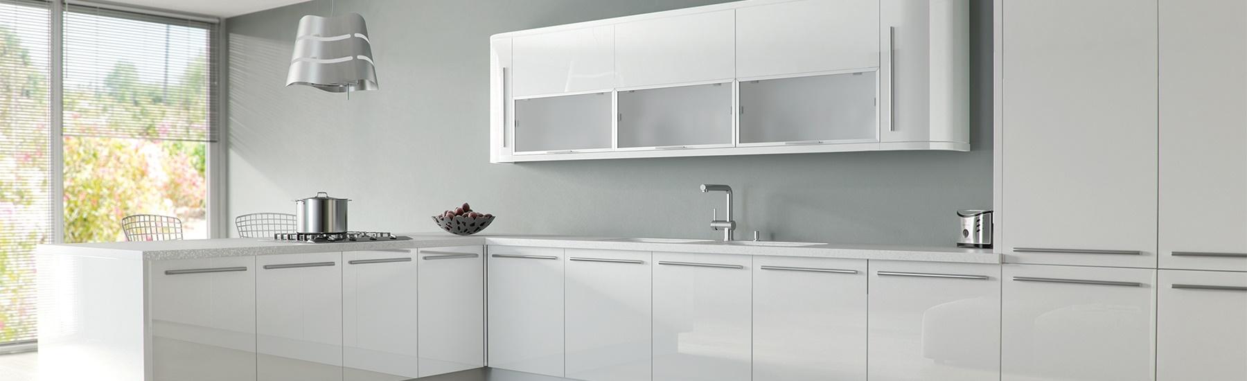zurfiz-ultra-gloss-white-kitchen